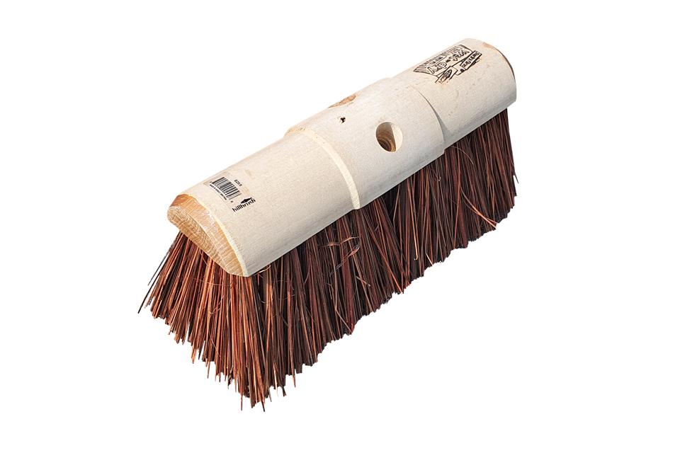 Saddleback-yard-broom-head